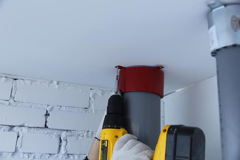 Монтаж противопожарной муфты на водопровод