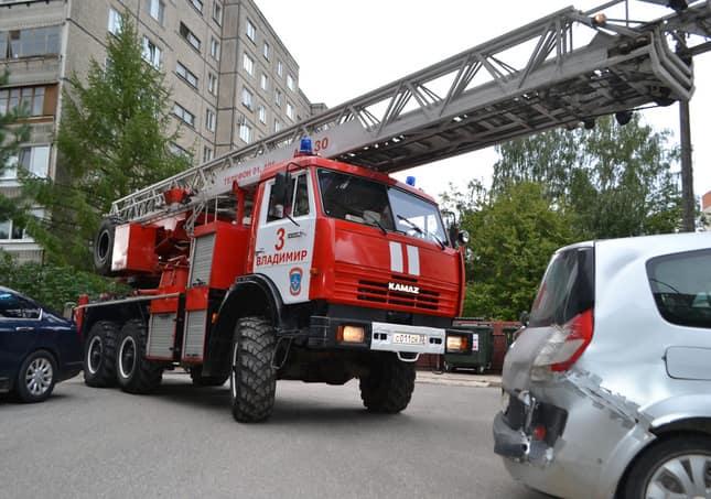Пожарная машина не может проехать